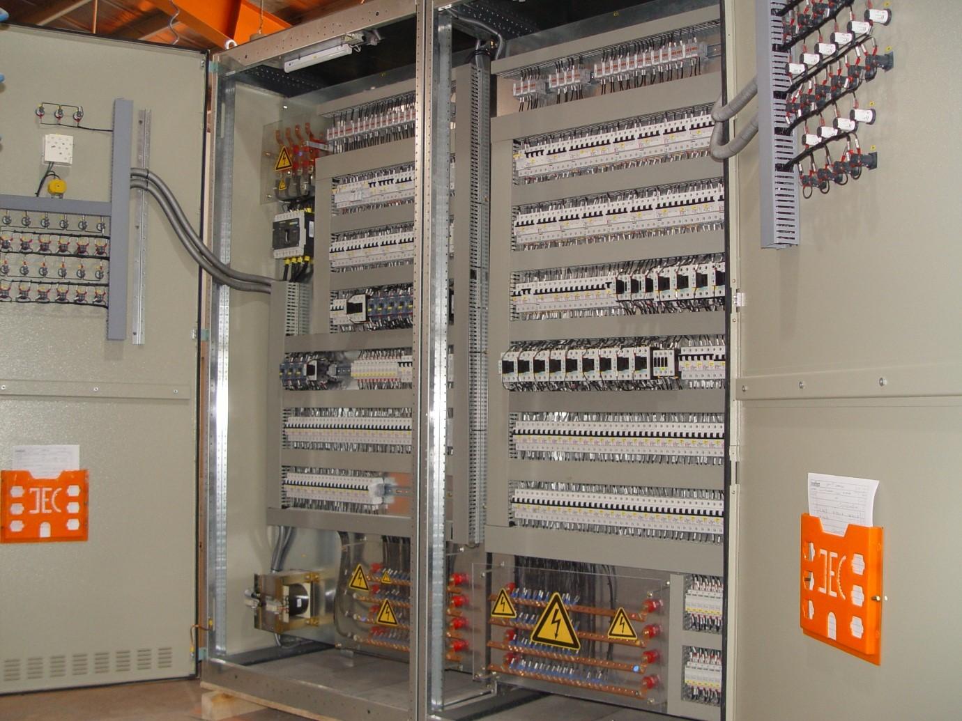 تابلوهای برق ، کابلهای فشار متوسط و ضعيف ، ups ، ابزار دقيق پروژه  پساب مبارکه